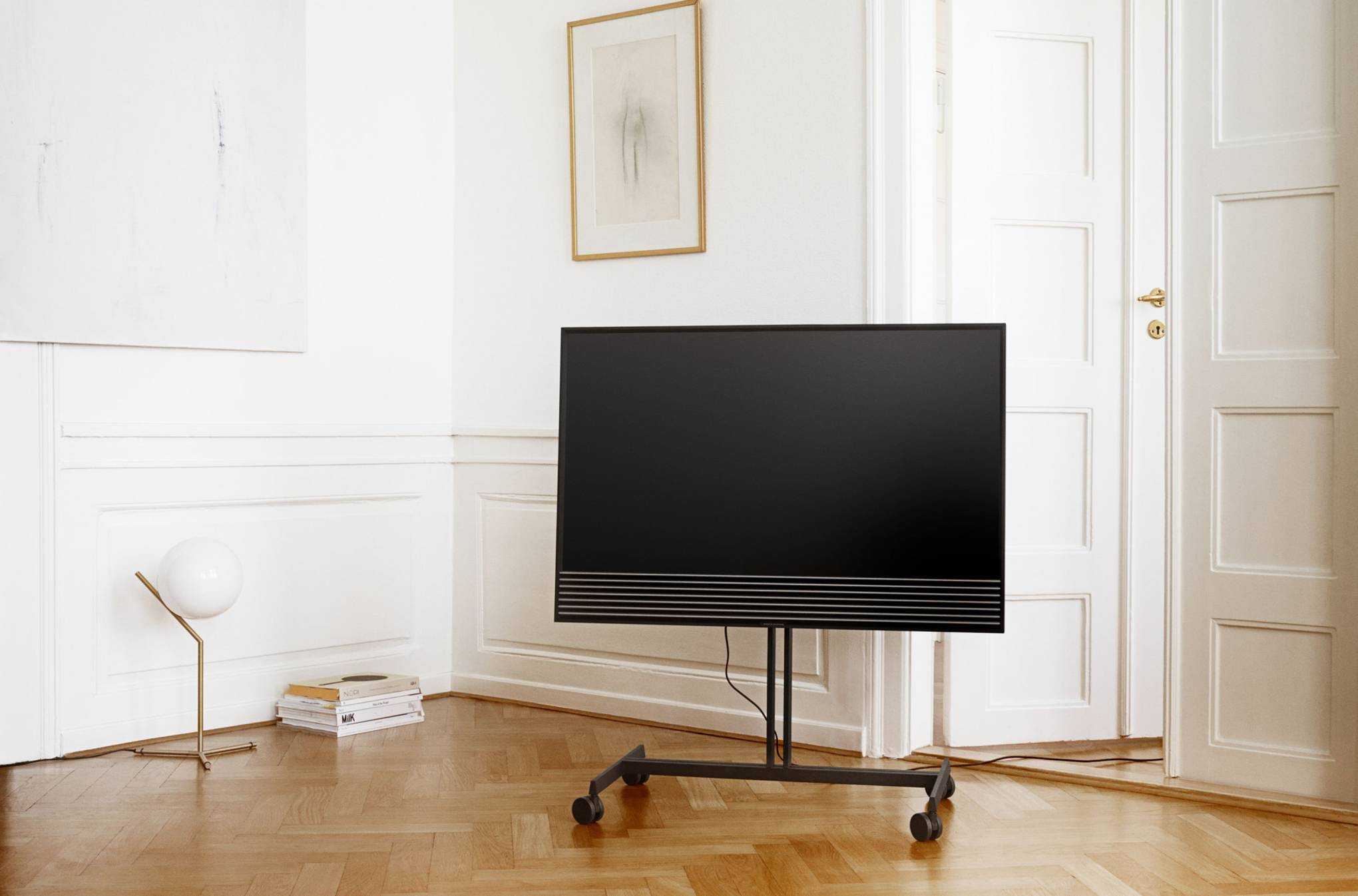 Give Your Sound System An Avant Garde Overhaul British Gq 1 Set Bando Tv