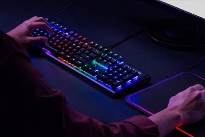 Apex M750 mechanical keyboard by SteelSeries