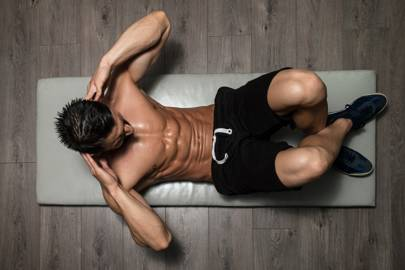 How to do sit-ups the right way, according to personal trainers