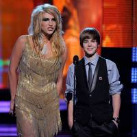 2010: Kesha and Justin Bieber