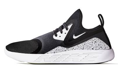 Nike Lunacharge trainers