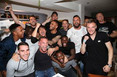 Jamie Vardy's having a party – Leicester City players gather at Jamie Vardy's house to watch title rivals