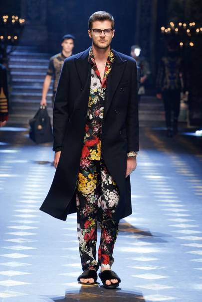 dolce and gabbana called upon jim chapman for their aw17 show
