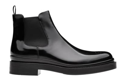 22. A pair of black Chelsea boots