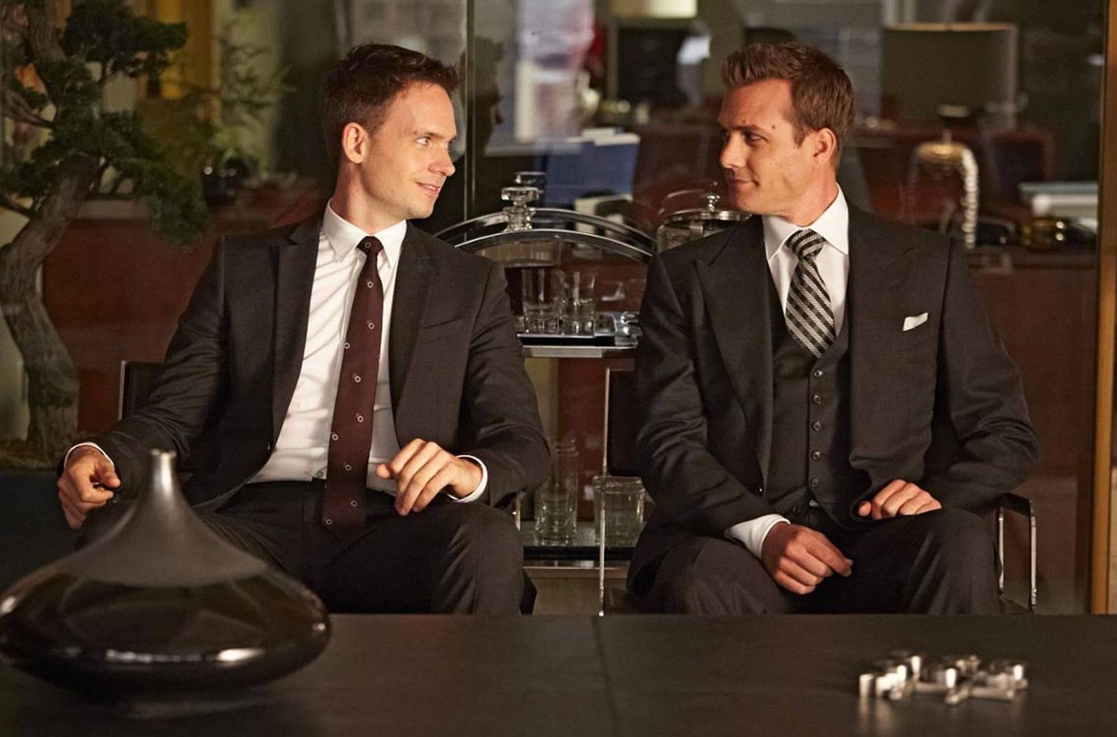Reasons Why You Need To Watch Suits Immediately British GQ - 3 british guys car show