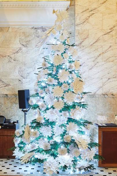 Ongoing: 2018 Christmas tree at The London Edition