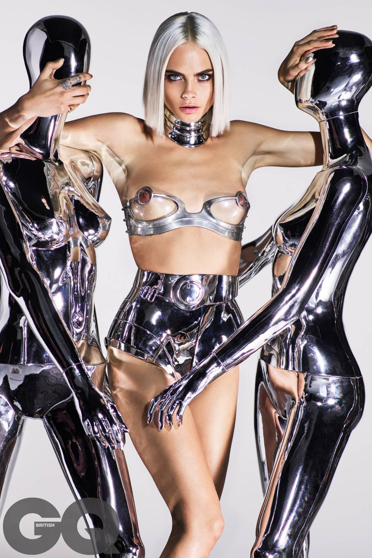 cara delevigne naked