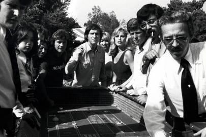 Hugh Hefner and Barbi Benton arrive in San Francisco in 1972, behind them, the $5.5 million Playboy jet