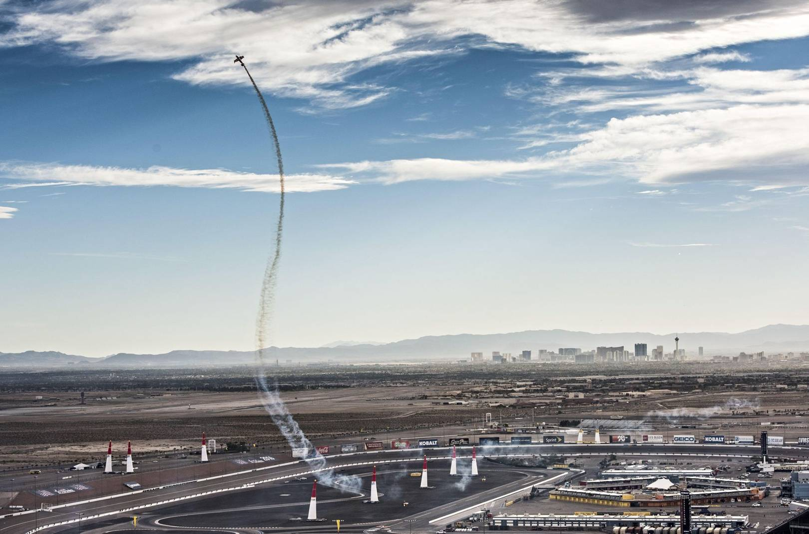 9fe77a52aaa How to be a Red Bull Air Race pilot
