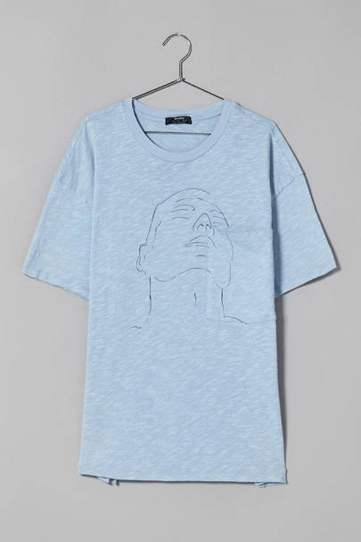 T-shirt by Bershka