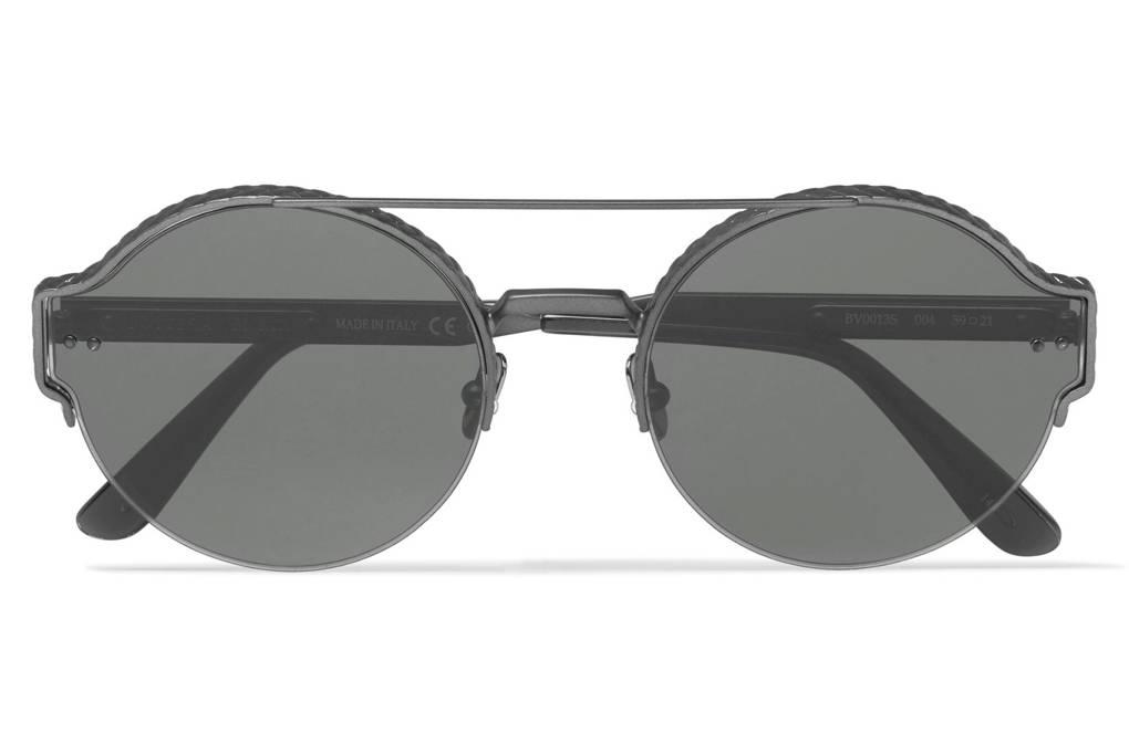 26780c8ce لا تدع عينيك دون أناقة.. إليك أفضل النظارات الشمسية لعام 2018 ...
