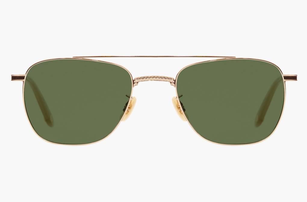 12e8556d9 لأن الموضة لهذا العام، فيما يخص الإطارات الخاصة بالنظارات الشمسية، تميل إلى  زيادة سماكتها، فإن علامة ديزل التجارية قامت بالأمر نفسه مثل معظم صانعي  النظارات ...