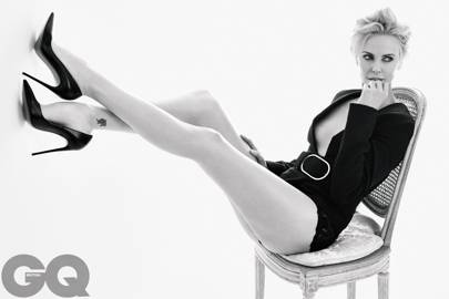 Charlize Theron talks ghosting Sean Penn and her beauty's ...