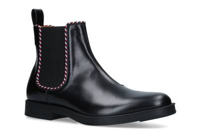 Leather Beyond Tag Chelsea boots by Gucci