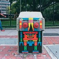 Flix's multicoloured robots