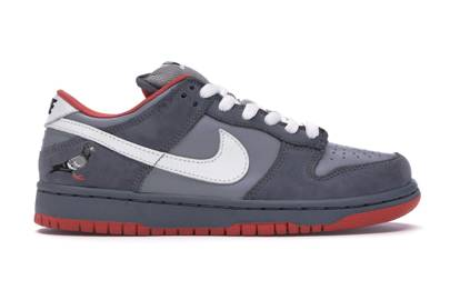 Dunk Low Staple SB NYC Pigeon by Nike