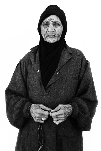 Shamah Darweesh, 90+ years old, from Homs – Al-Mafraq, Jordan. March 2016
