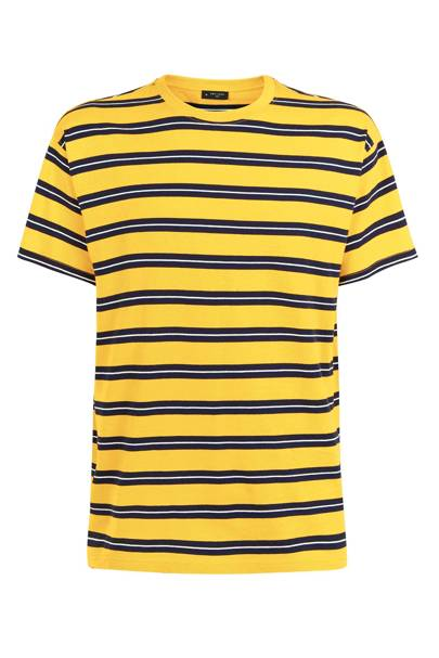 T shirt by New Look