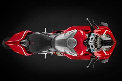 Ducati S Panigale V4 R Is Devastatingly Powerful British Gq
