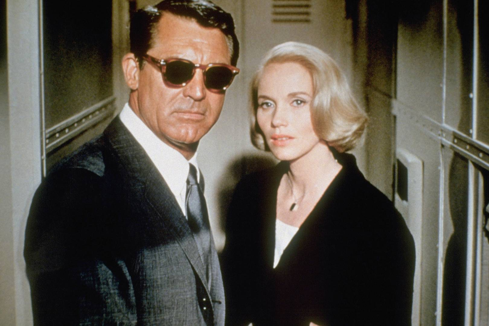61427e269b Oliver Peoples and Cary Grant collaborate on your summer sunglasses ...