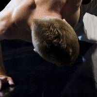 How to do a one-arm press-up