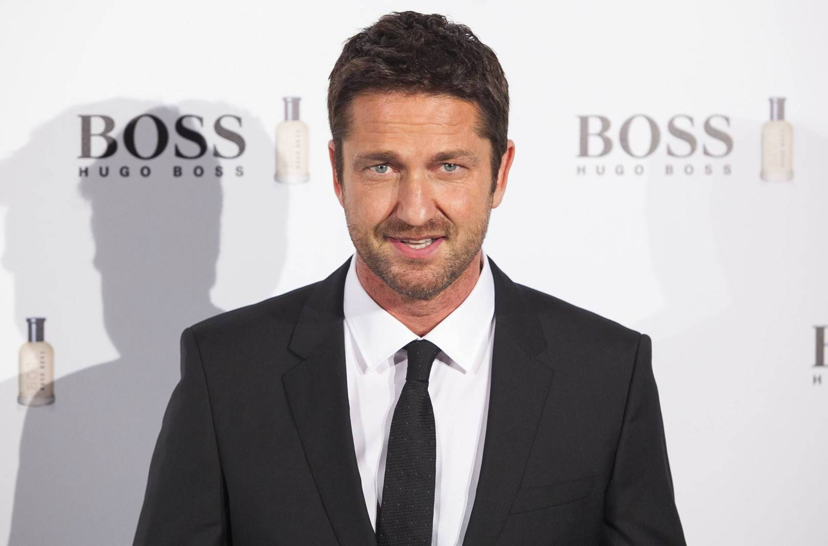 Gerard Butler's six-hour 300 workout, favourite movies and near-death  stunts | British GQ