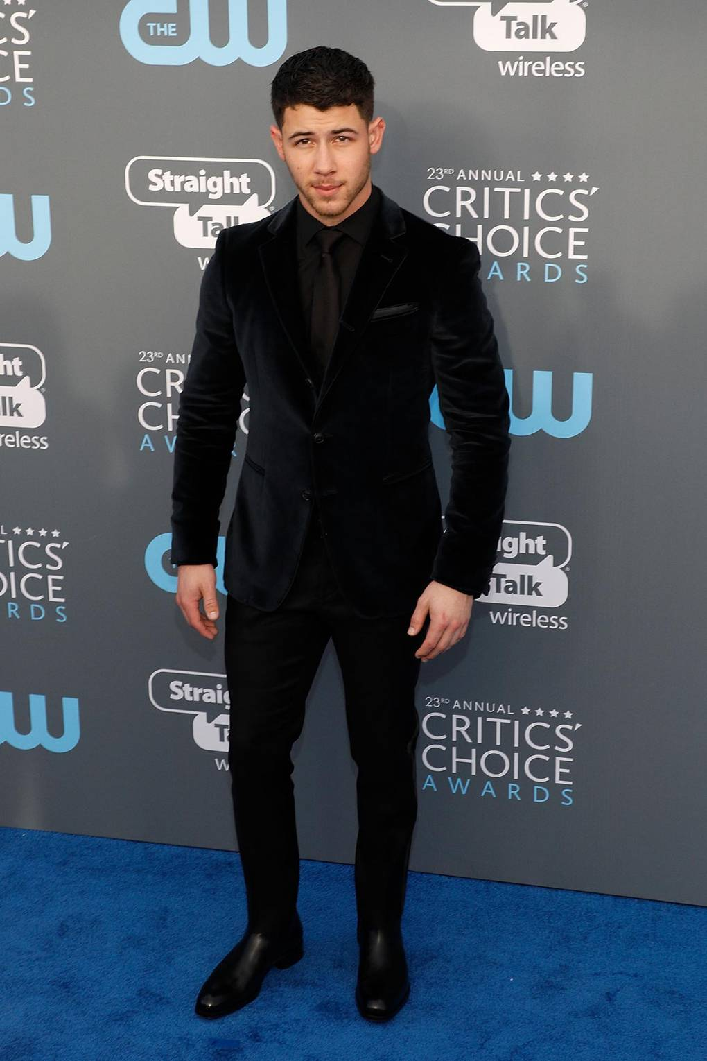 267c0183b30 How to dress like Nick Jonas