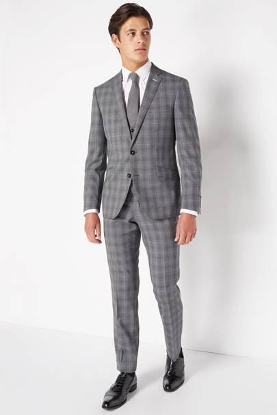 Remus Uomo checked three-piece suit