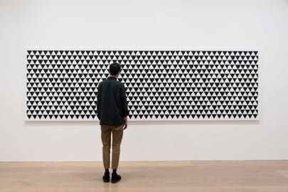 Ongoing: Bridget Riley: Recent Paintings 2014 – 2017 at David Zwirner