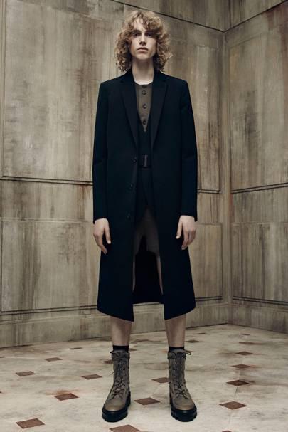 33cfa57de602 Balenciaga Spring Summer 2016 Menswear show report