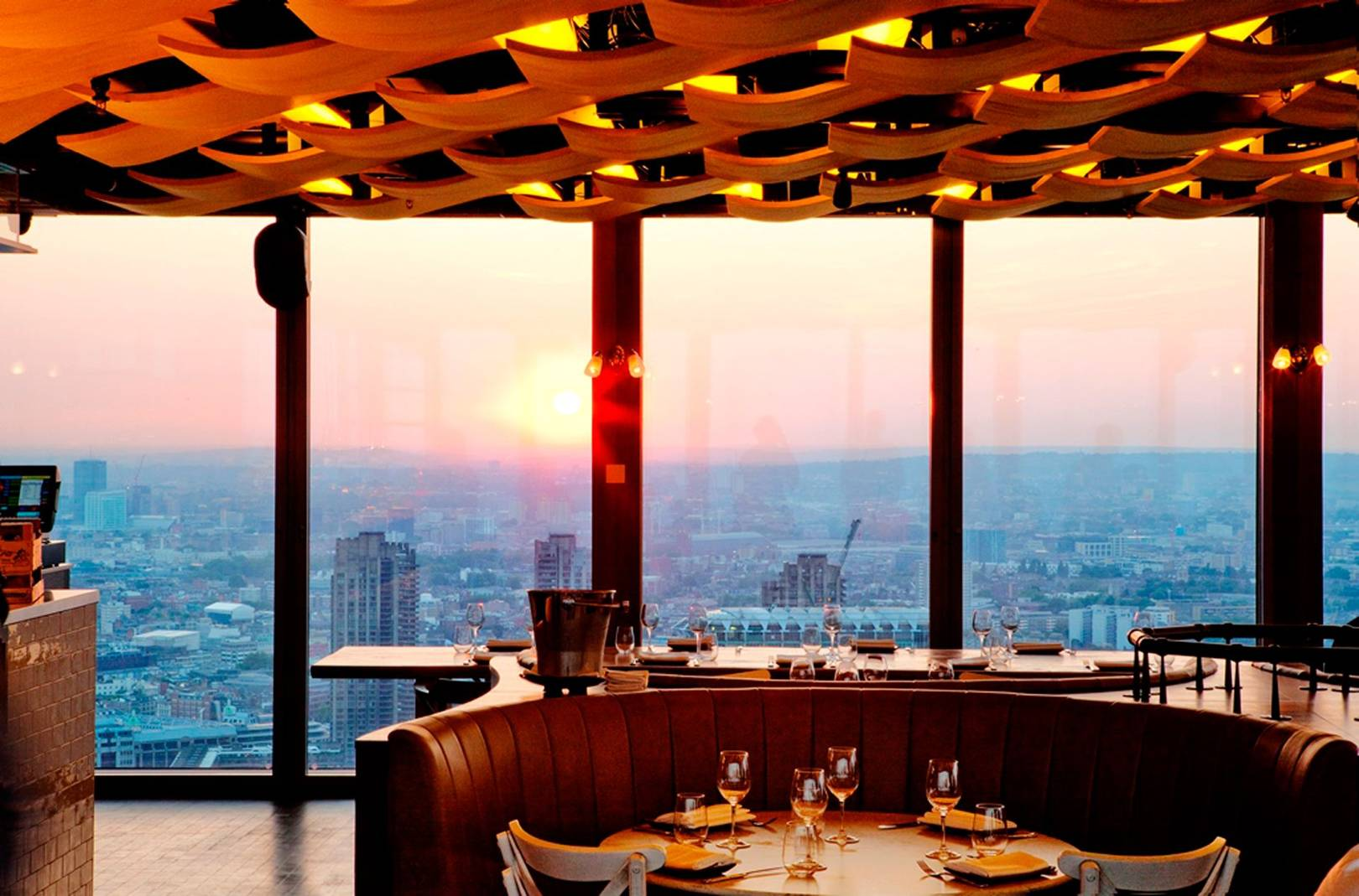 best romantic restaurants hong kong