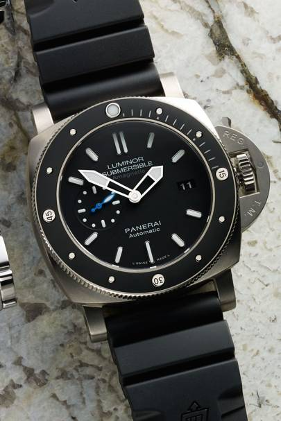 Luminor Submersible 1950 Amagnetic 3 Days Automatic Titanio by Panerai