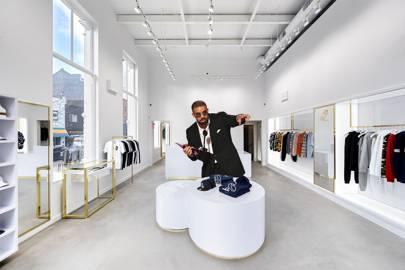 8d3f0d8618d3f8 Drake is opening an OVO store in Soho