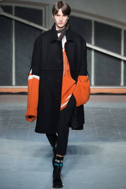 cbd597d97490 Raf Simons Autumn Winter 2016 Menswear show report