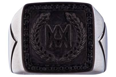 King signet ring in titanium black by Marcos de Andrade
