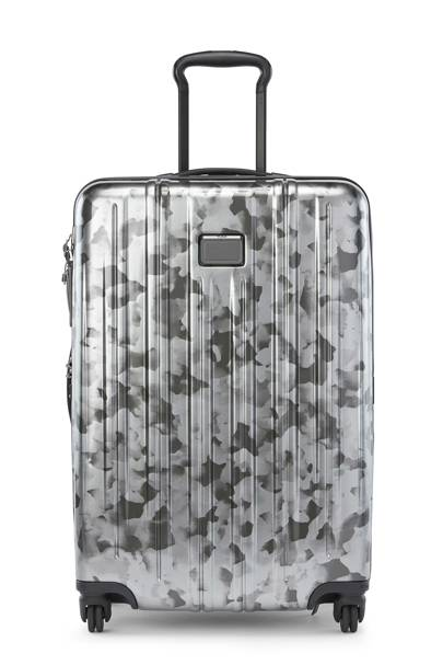 V3 Short Trip Expandable suitcase by Tumi