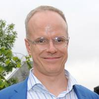 98. Hans Ulrich Obrist