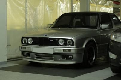 BMW E30 325i