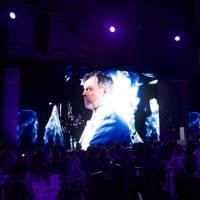 Mark Hamill accepts his Icon Of The Year award