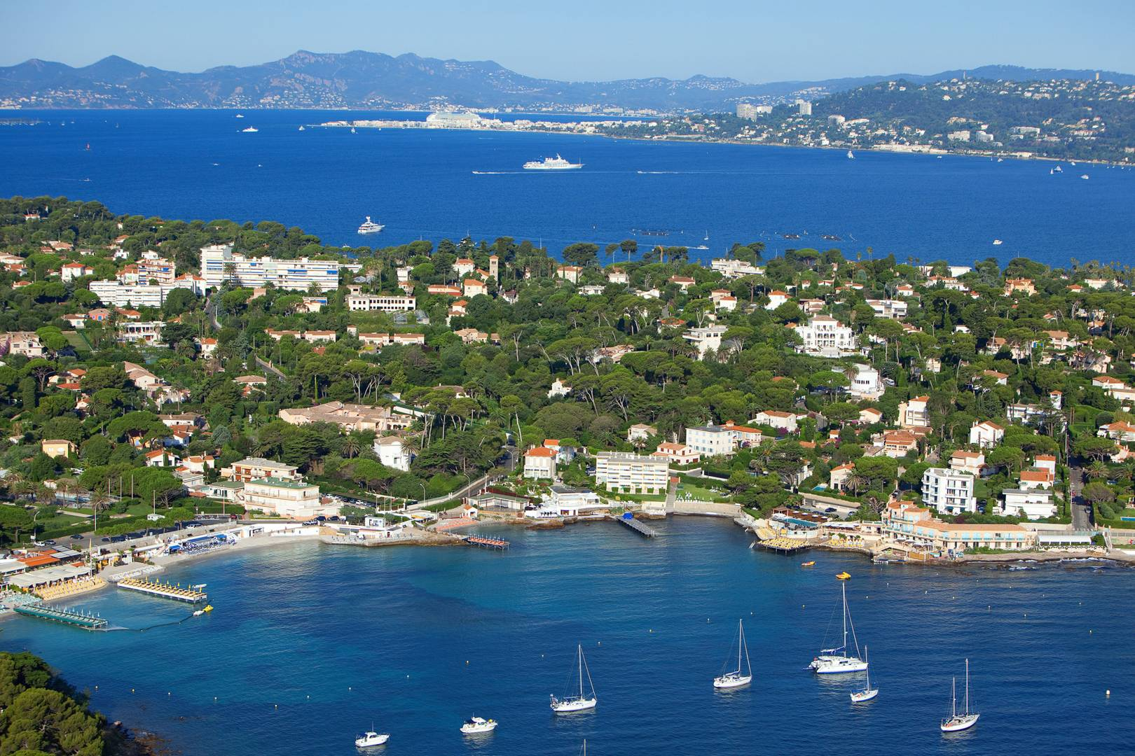 Antibes French Riveria Guide From Cap Dantibes To Juan Les Pins