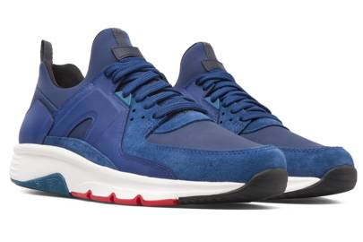 The coloured trainer