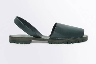 Goya leather sandals
