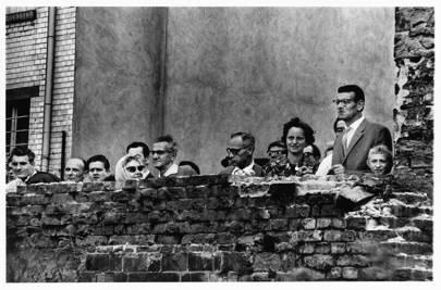 East Germans looking into the West, Berlin, 1961