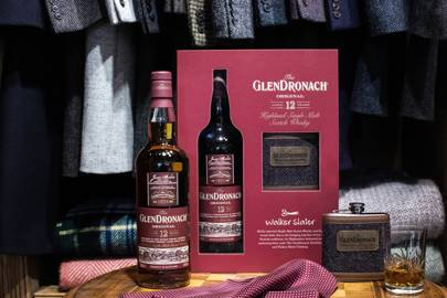 44. Whisky and hip flask gift set by Glendronach x Walker Slater
