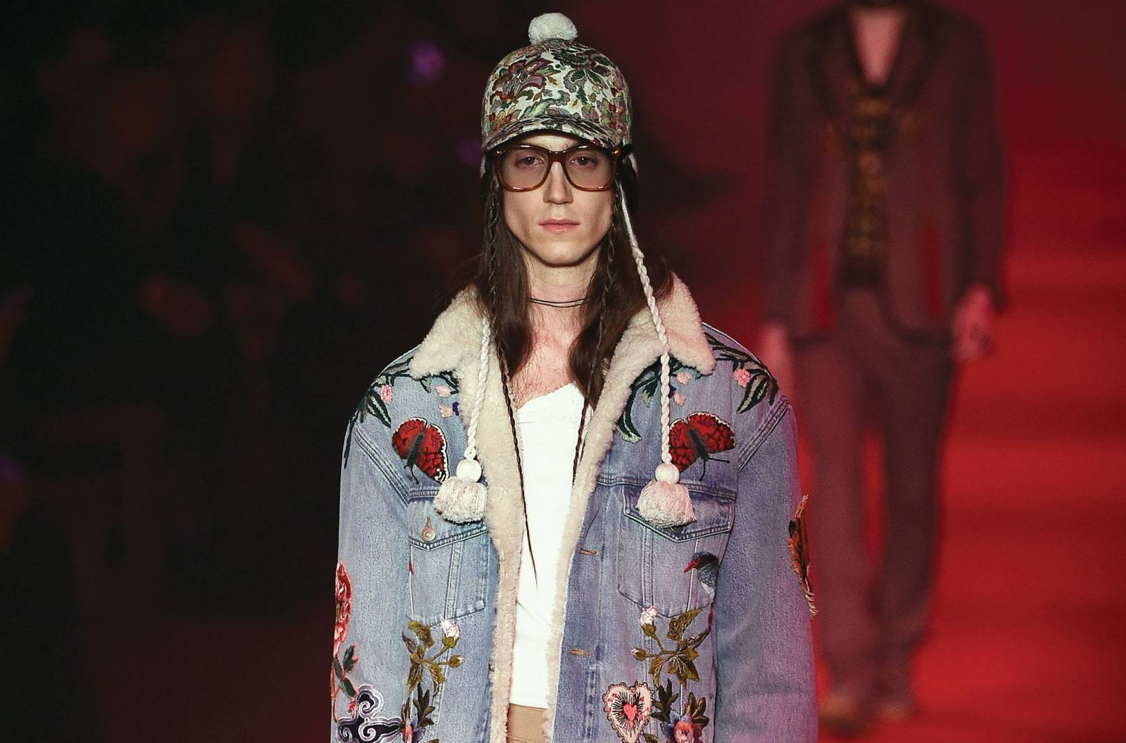 Gucci merges men\'s and women\'s shows, takes gender fluidity to next ...