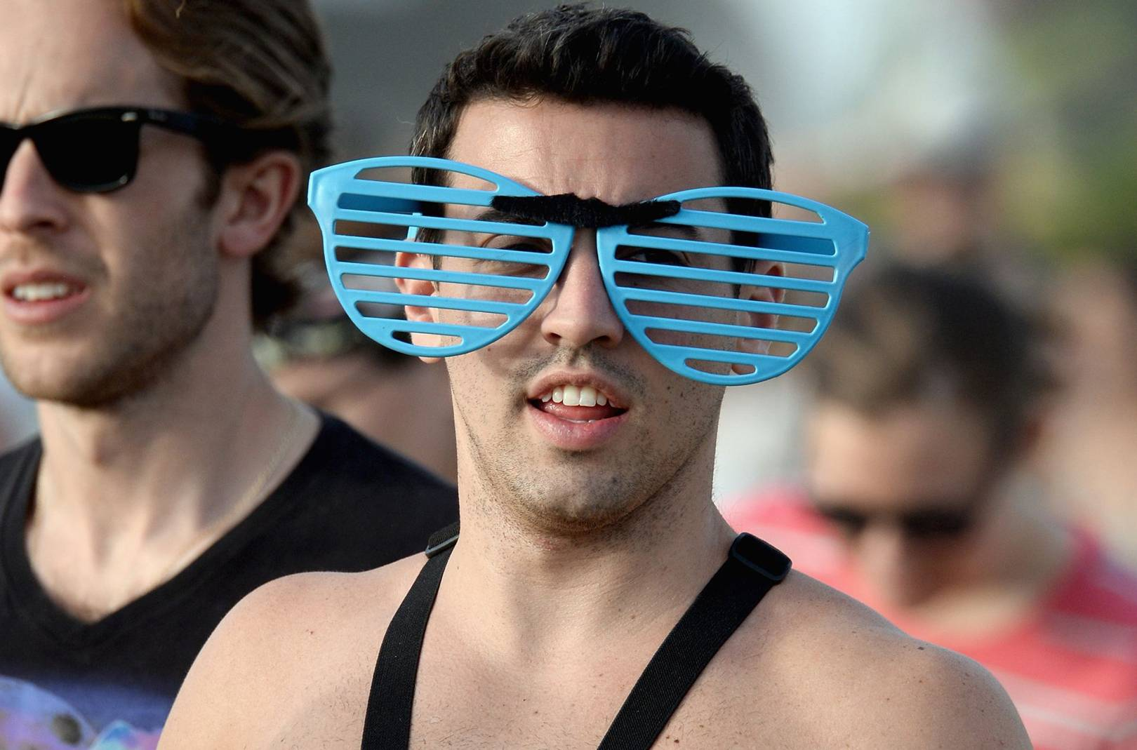 What to wear at a music festival (and what to avoid)  6bf8e2ad2cef