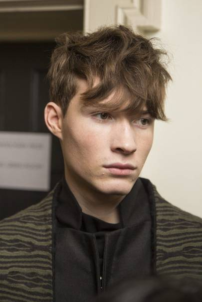 5 Men S Show Hairstyles You Need To Try Right Now The