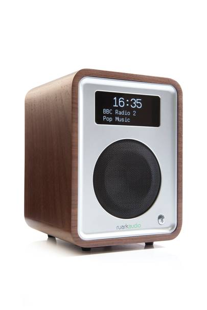17. Ruark R1 deluxe bluetooth radio