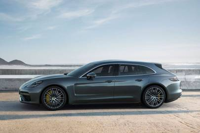 The Porsche Panamera Sport Turismo Just Made School Run Interesting