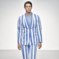 SS18: Vertical stripes